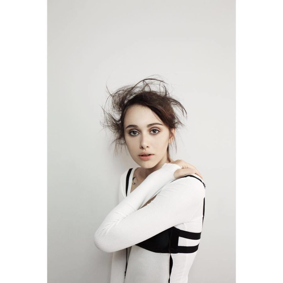 Sara Mun Priscilla Nutshell Fashion