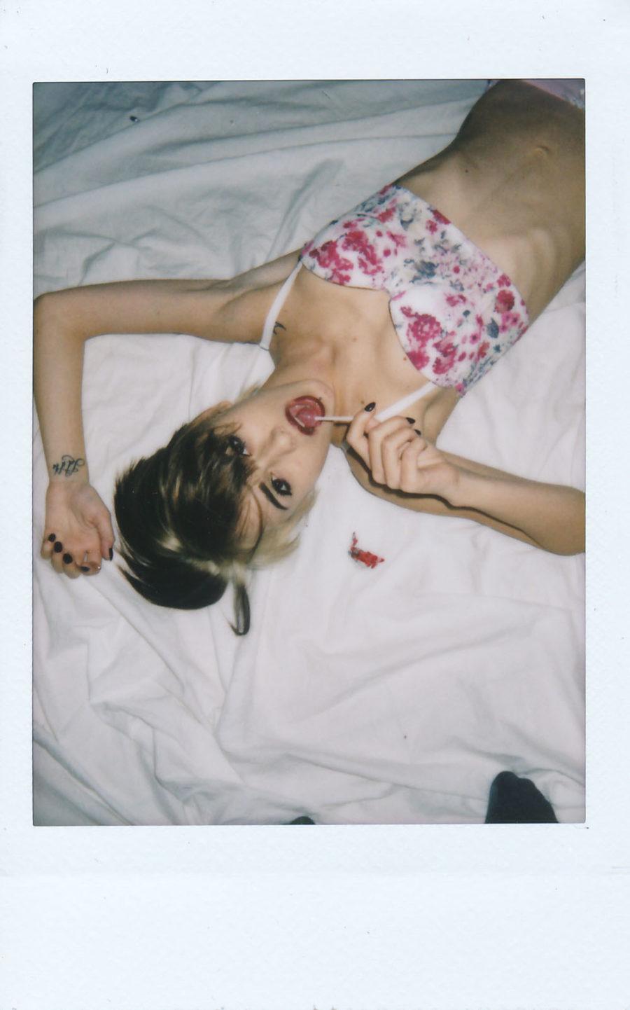 Sara Mun Elena Atzori Film Polaroid